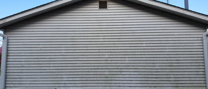House Siding Pressure Washing Illinois Valley Clean